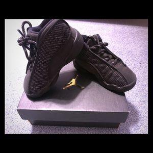 Shoes - Toddler Jordan black cat 13's